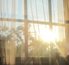 window-335607_960_720